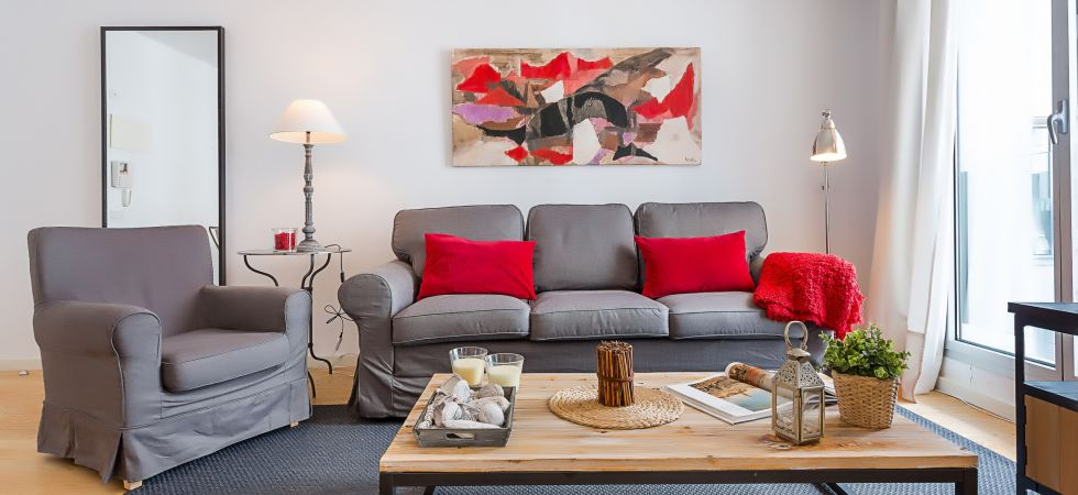 13841) UD Rambla Suites & Pool 21 (1 BR), Barcelona