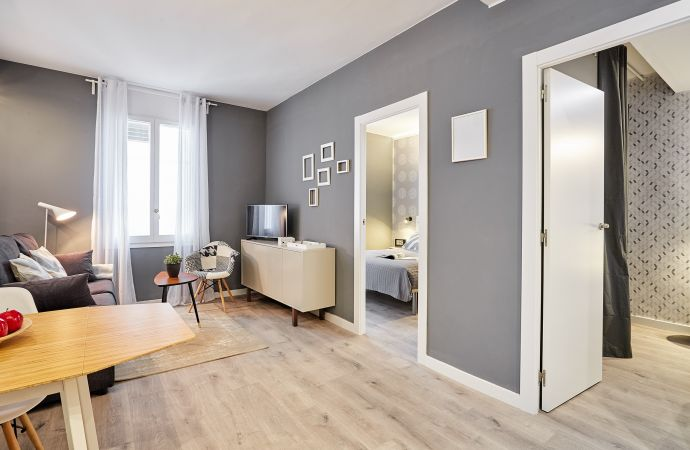 8218) Urban District - MA31 Apartment with terrace (3BR) 3 - MID STAY RENTALS, Barcelona