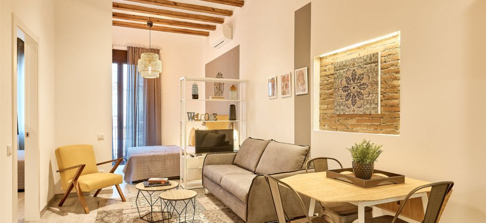 15503) Urban District Apartments - Marina Vintage (2BR), Barcelona - Living room with sofa-bed and in loft double bed
