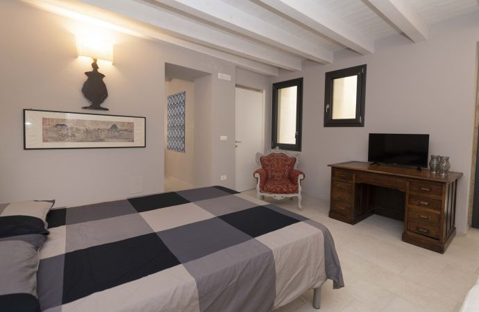 15944) Urban District Apartments - Sicily Ortigia Old Town, Siracusa